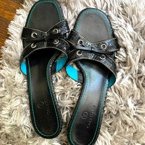 Cole Haan Leather Sandals Black and Blue